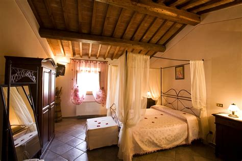 camere agriturismo toscana bed  breakfast bb siena montepulciano pienza affitto camere casa