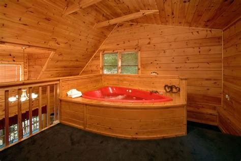 1 bedroom lodge with hot tub quot enchantment quot honeymoon cabin in pigeon forge tn
