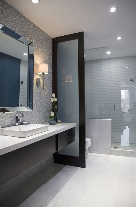 Narrow Bathroom Ideas by Best 25 Long Narrow Bathroom Ideas On Pinterest Narrow