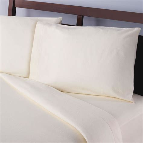 softest sheets in the world the world s softest flannel sheets set hammacher