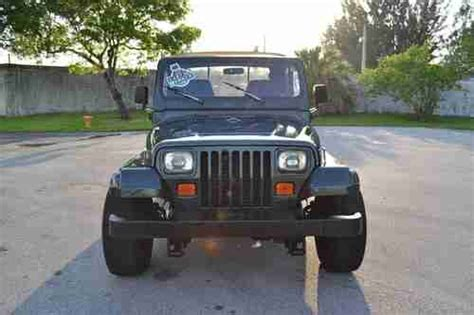 wide stance jeep find used 1993 jeep wrangler auto 31 inch tires