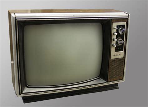 boomers  millennials  evolution  tv  set top box chipsets