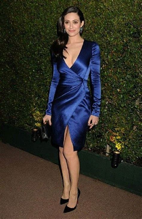 emmy rossum on law and order slide 6 emmy rossum photo gallery hot photos images and