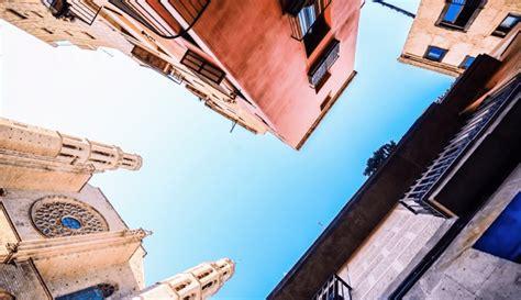pisos en barcelona para alquilar mercado inmobiliario barcelona consejos alquiler de piso