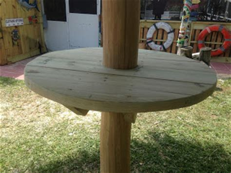 Table Top Tiki Bar Hut by Ten Foot Tiki Hut