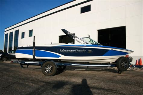 mastercraft boat flooring options mastercraft boats for sale in illinois
