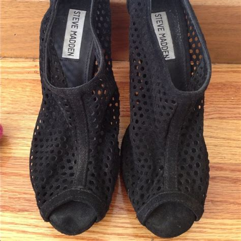 Steve Madden 6 5 by 78 Steve Madden Shoes Steve Madden Mesh Booties Shoes Size 6 5 Black From Fashionistas S