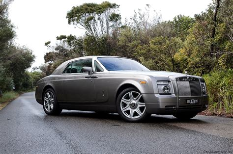 roll royce phantom coupe rolls royce phantom coupe review road test caradvice