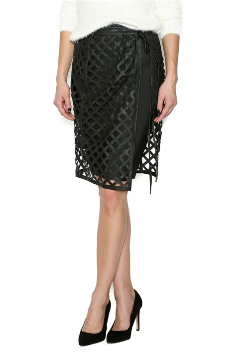 kikiriki open weave skirt from naples by petunias of