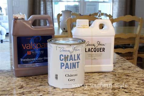 chalk paint kitchen cabinets tutorial de 18 b 228 sta annie sloan chalk paint ideas bilderna p 229