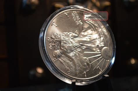 1 troy ounce american silver eagle coin value 2012 silver american eagle 1 oz bu 999 silver coin 1