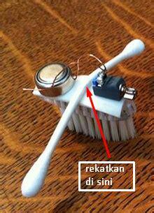 membuat robot menggunakan sikat gigi modifikasi robot sikat gigi dengan 2 buah lengan
