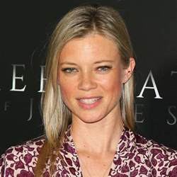Photo Page Hgtv by Amy Smart Had A Baby On Nye And This Is Her Classically Pretty Name Brit Co