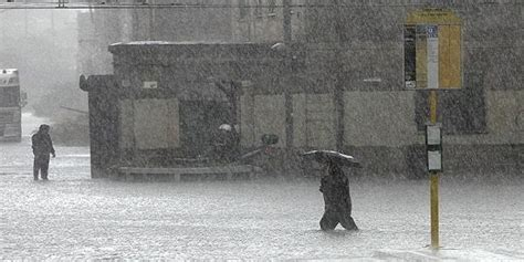 allerta meteo pavia allerta meteo lombardia forti piogge e nubifragi in