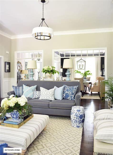 grey sofa living room best 25 grey sofas ideas on grey walls living