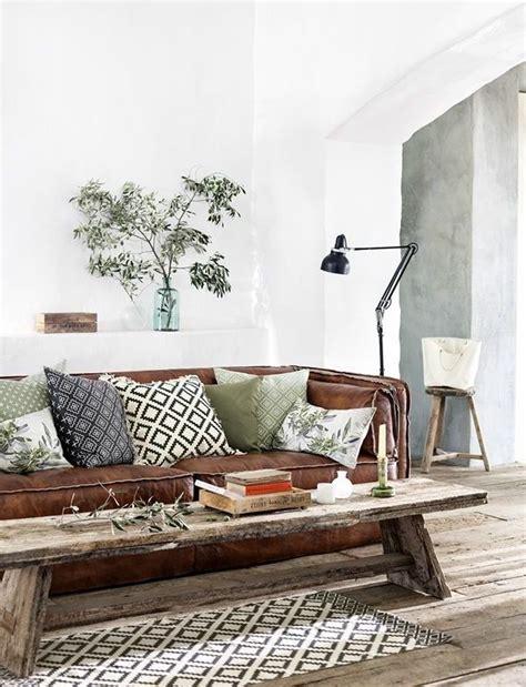 99chairs Wohnzimmer by Die Besten 25 Sofa Braun Ideen Auf Braunes