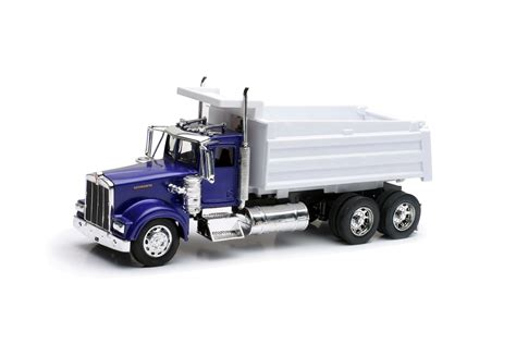 buy new kenworth truck compare new ray kenworth truck hauling a miscellaneous