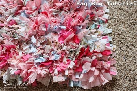 rag rug material craftaholics anonymous 174 how to make a rag rug tutorial