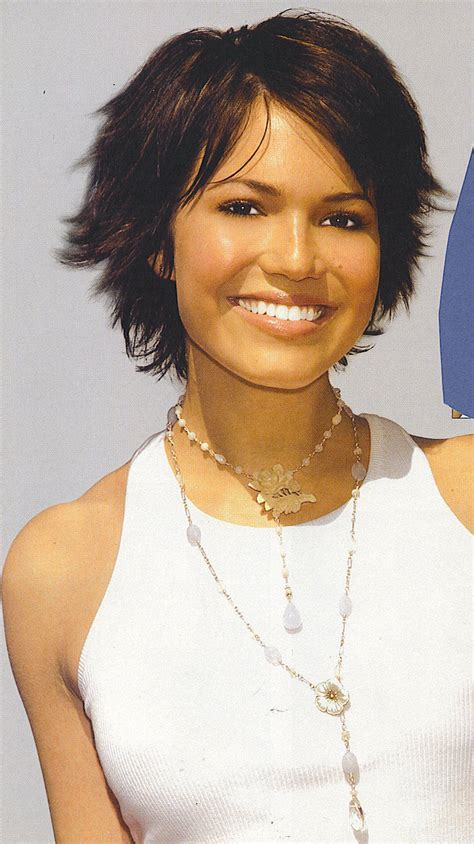 mandy moore short hair cuts at a glance hair fad styles 2013 short layered hairstyles for women with round faces
