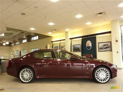 red maserati quattroporte 2011 bordeaux ponteveccio red metallic maserati