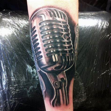 microphone retro tattoo 3d like very detailed colored vintage microphone tattoo on