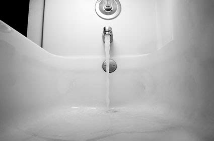 bathtub is draining slowly home remedies for slow draining tub aaa drain cleaning