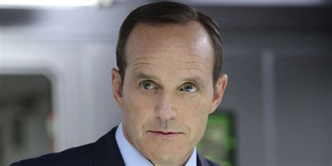 clark gregg leaving shield agents of s h i e l d to reveal truth behind agent