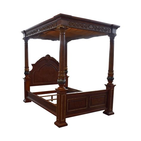 40 Off Huffman Koos Huffman Koos Buckingham Carved Wood Wood Canopy Bed Frame