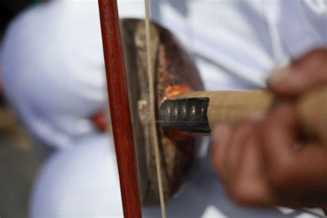 Batu Batik Ternate uniknya arababu dalam lantunan musik tradisional ternate