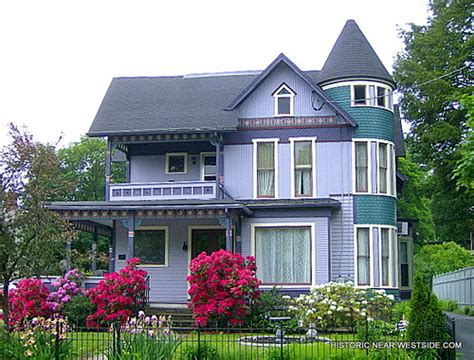 queen anne style homes walnut st 113 circa 1891 victorian homes queen anne style