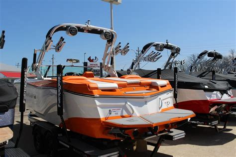 mastercraft boats osage beach 2018 new mastercraft xt22 high performance boat for sale