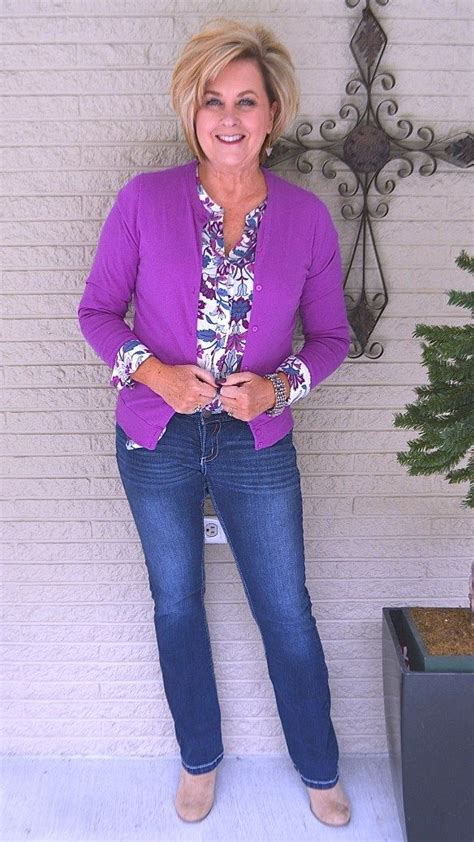 best spring looks for women over 50 fashion for women over 55 women over 40 outfits 20
