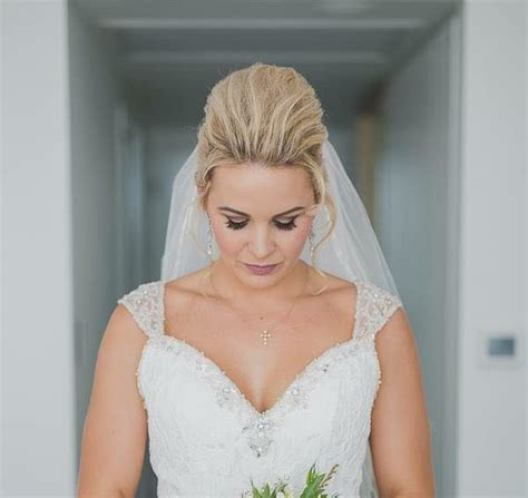Wedding Hair And Makeup Townsville by Miss Hair And Makeup Pimlico Easy Weddings