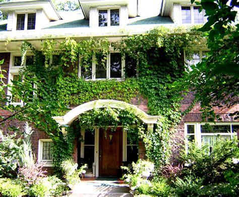 Garden Inn Spokane by S Garden Inn Spokane Bed And Breakfast