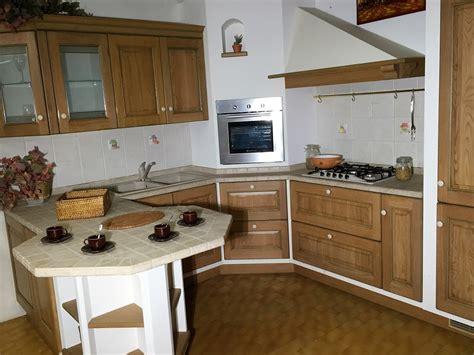 cucine rustiche scavolini cucine rustiche con isola free cucine classiche country
