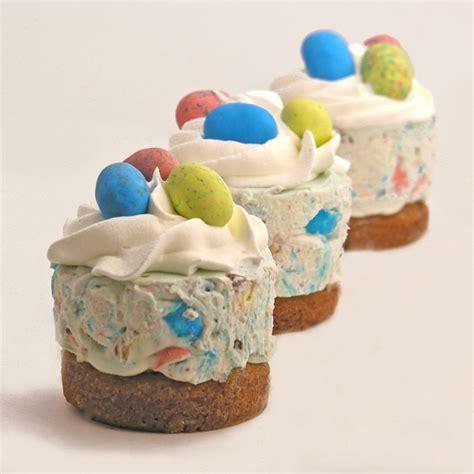 mini kuchen backen 60 osterkuchen mit stimmung mini kuchen schm 252 cken den