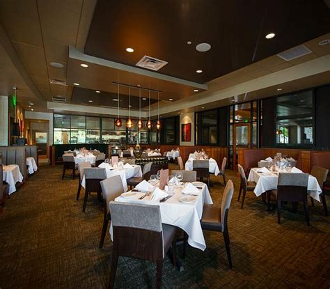 Private Dining Rooms Las Vegas by Fleming S Prime Steakhouse Amp Wine Bar Opens New Restaurant