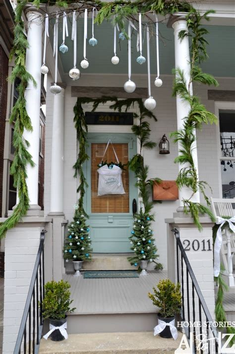 porch hangers 50 front porch christmas decor ideas to make this year