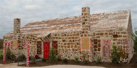 Records Houses Gingerbread House In The World Guinness World