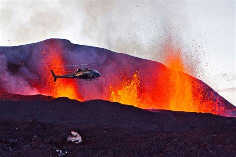 earthquake volcano lava iceland volcano earthquake centre