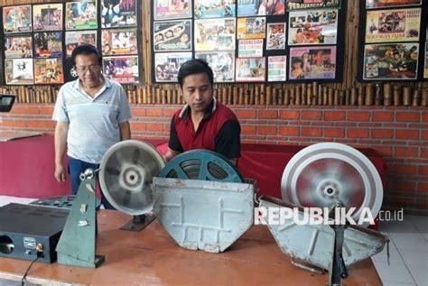 film indonesia lawas mengenang bioskop keliling yang semakin pudar uzone