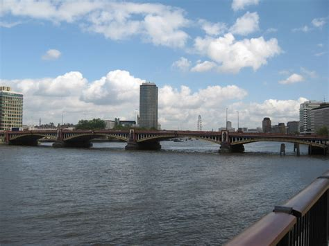 file kingston bridge over the thames london jpg file vauxhall bridge over the river thames london