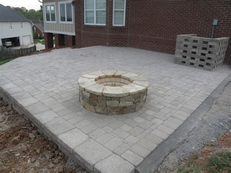 give a perfect look to your home through fire pits