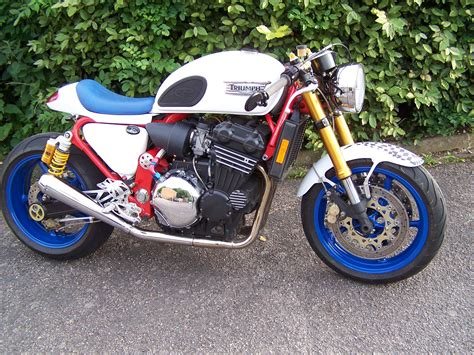 Triumph Motorrad England by Triumph 900 Cafe Racer Remade In A Shed In England My