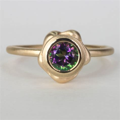 the mini pop gold ring with mystic green topaz ezzykaia