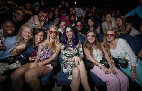 katy perry fan club katy perry surprises fans at toronto screening 171 celebrity