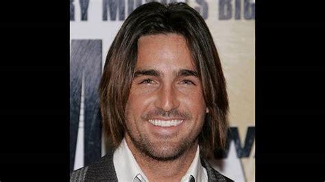 corte pelo largo hombre moda tendencias corte de pelo largo hombre