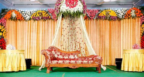 Wedding Stage Hall Mandapam Balloon Flower Decorations