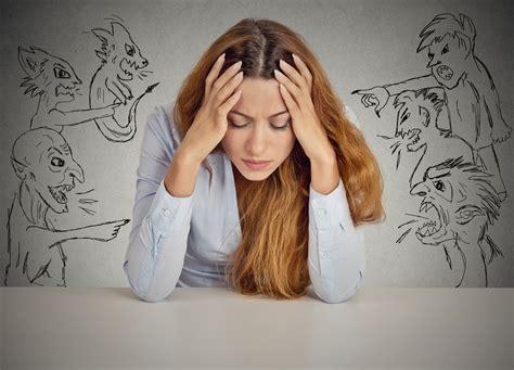 mal di testa e nausea cause mal di testa e nausea come si pu 242 curare
