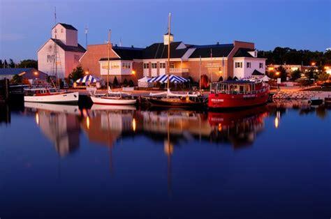 fireboat ride sturgeon bay the top 10 things to do near holiday music motel sturgeon bay